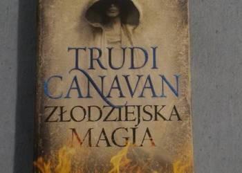 Złodziejska magia Trudi Canavan