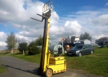 Elektryczny Wózek Widłowy Suchedniów WW 24V PROSTOWNIK Czesc