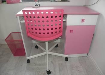 Różowe Biurko krzesło obrotowe IKEA pojemniki kosz