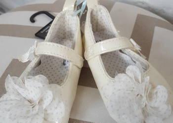 Sandałki niechodki, buciki na chrzest Next 3-6 m-cy