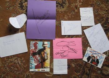 Kolekcja autografów różnych znanych osób. Ponad 10 autografów.