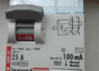 Wyłącznik różnicowo prądowy 100mA ; typ AC ; 25A ; Legrand