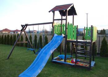 Plac zabaw domek zjeżdżalnia huśtawki piaskownica ogrodowe