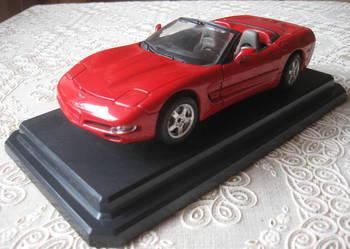 Bburago Chevrolet Corvette Convertible w idealnym stanie!!!
