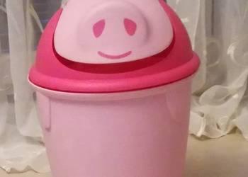 Różowy kubełek Świnka z wahadłowym wieczkiem - stan b.dobry