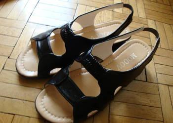 Sandałki damskie czarne nowe rozmiar 38