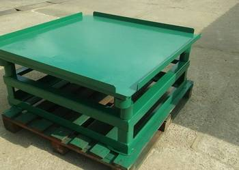 Stół wibracyjny 1,1 x 1,1 x 0,39 m KARKON
