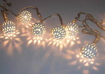 Lampki ozdobne LED metalowe kule - na baterie