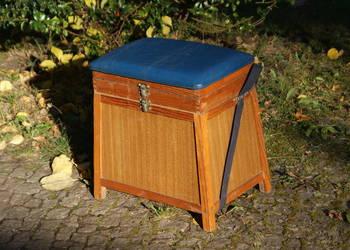 Drewniana szafka szafeczka stołek - lata 60/70-te
