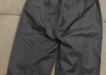 Zielone (khaki) ortalionowe spodnie-rozm. 92 - stan idealny.