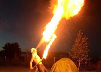 Pokazy tańca z ogniem
