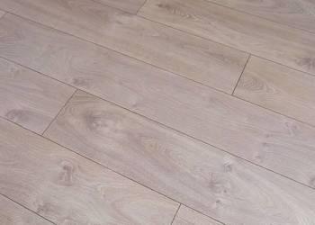Panele podłogowe Platinum Dąb Livorno AC4  4,794m2