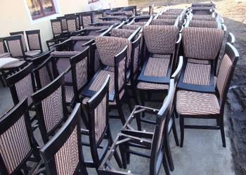 Śliczny zestaw stół i krzesła bardzo stylowy