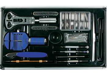 Zestaw narzędzi zegarmistrzowskich w walizce