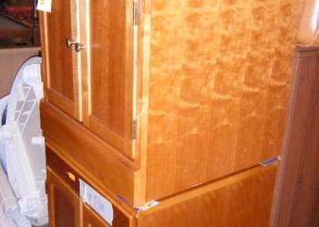 Szafki drewniane firmy DREXEL