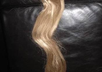 Treska w kolorze jasny beżowo-popielaty blond