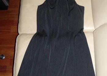 Sukienka czarna klasyczna rozmiar S