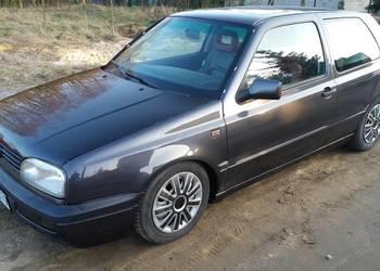 Volkswagen Golf 3 po blacharce stan bdb okazja