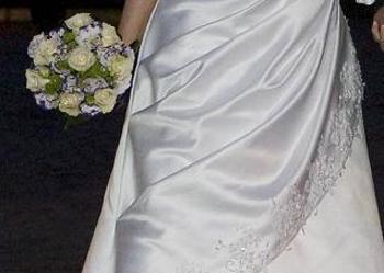 Piękna Suknia Ślubna - KOMPLET