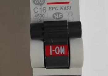 Wyłącznik nadrpądowy C16 ; Unibis , EPC N451 , 230V~ , GE