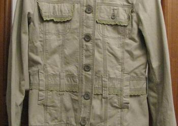 Beżowy żakiet/kurtka z koronkowymi falbankami z CARRY-rozmXL