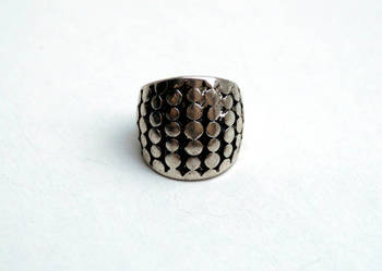 Duży metalowy pierścionek I am etno
