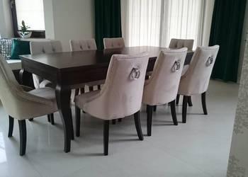 Krzesło tapicerowane pikowane z pinezkami kołatką glamour