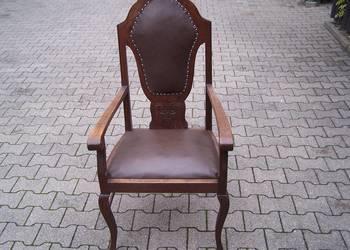 Fotele zabytkowe po renowacji