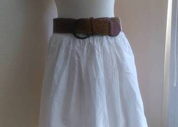 Reserved Biała spódnica z plecionym paskiem 40