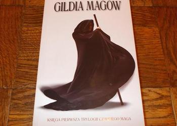 GILDIA MAGÓW - Trudi Canavan - książka fantasy - Jak nowa