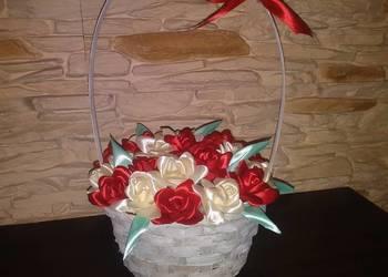 Koszyczek z różami Prezent na komunie, wesele itp Handmade