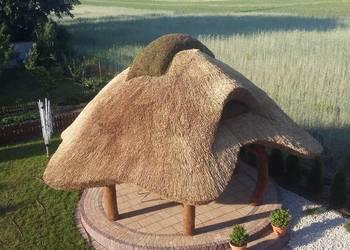 Altana ogrodowa z bala altany  huśtawki trzcina strzecha