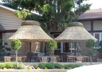 Parasole ogrodowe z trzciny do baru restauracji ogrodu