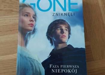 """Książka """"Gone zniknęli"""" Faza pierwsza niepokój"""