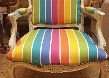 Nowoczesny fotel po renowacji