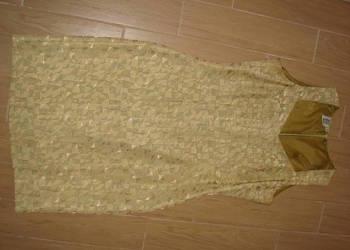 Reprezentacyjna sukienka na różne okazje