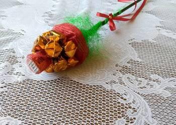 Kwiat róża z cukierków ręcznie robione