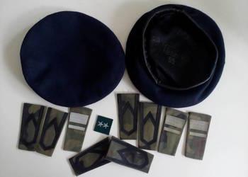 Stare berety i pagony wojskowe