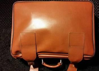 TANIO walizka ze skóry eco stan idealny