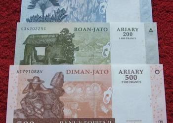 MADAGASKAR Kolekcjonerskie Banknoty Zestaw - 3 sztuki UNC