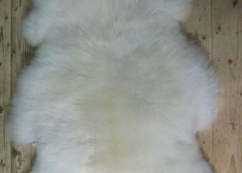 Skóry owcze białe