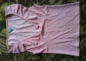 bladoróżowa bluzka z falbankami ATMOSPHERE