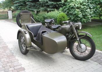 M-72 Z WÓZKIEM BOCZNYM