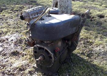 Silnik czterosuwowy, dwucylindrowy, benzynowy produkcji ZSRR
