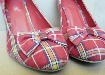 Czerwone szpilki buty w kratkę, r. 39