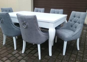 Tapicerowane krzesło pikowane z kołatką glamour chesterfield