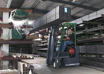 Combilift C2500CB-Wózek widłowy wielokierunkowy boczny.2009r