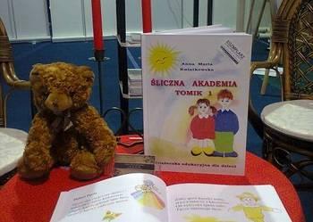 Śliczna Akademia, książeczka edukacyjna.