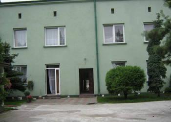 Sprzedam dom-3 osbne miszkania po 55 m2