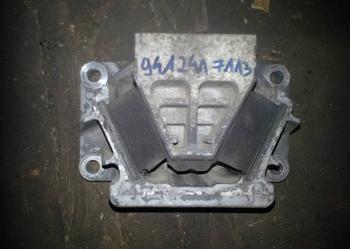 Poduszka zawieszenia silnika skrzyni biegów MERCEDES AXOR ACTROS 9412411113 9412414113 9412415113 9412417113